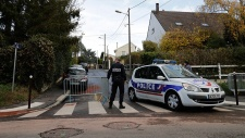 Paris cop goes on shooting rampage after break-up with girlfriend, kills 3 before committing suicide